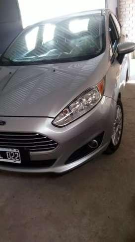 Ford fiesta SE 1.6 PLUS
