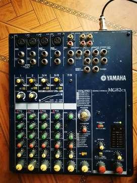 Consola  Yamaha original