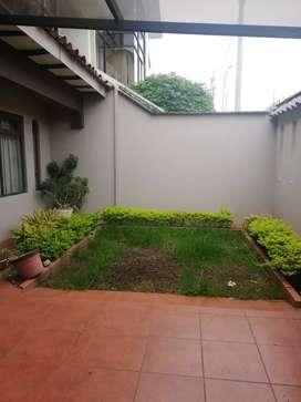 Casa de Arriendo ideal para COMERCIO, spa, consultorios. Etc
