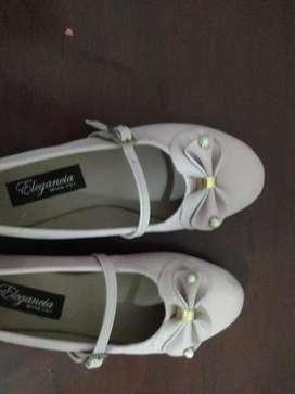 Zapatos nuevos de Laura V