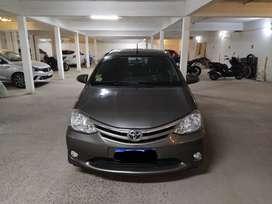 Vendo Toyota Etios XLS 5p 2016
