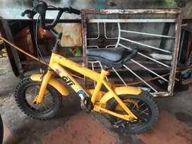 Bicicleta en buen estado para niño