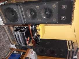 Vendo equipo de sonido profesional en exelente estado. Precio negociable