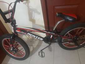 Vendo bicicleta MONTER