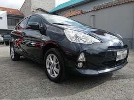 Toyota Prius Sport C 2012
