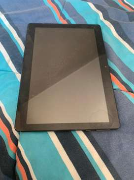 Remato tablet semi nueva a 120 soles