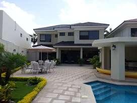 Casa en Venta en Urb Lago Sol Vía a Samborondon