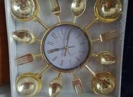 Reloj de comedor