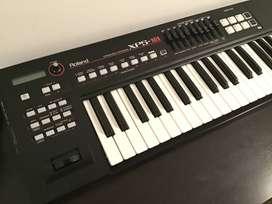 Sintetizador Roland 5 Octavas XPS-10 (incluido estuche a medida)