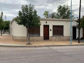 Dueño vende casa zona estacion.