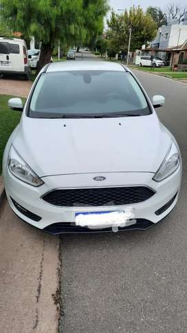 Ford Focus 1.6 16v.  S