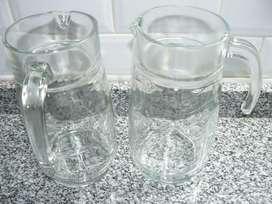 2 Jarras de vidrio, capacidad: 1,5 litros - NUEVAS -Belgrano (Cap.Fed.)