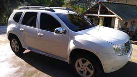 se vende hermosa renault duster 4x2
