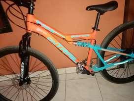Vendo bonita bicicleta rin 29 doble suspensión