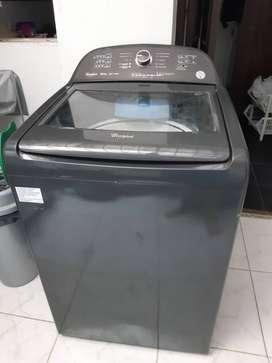 Se vende lavadora whirpool 18 kg