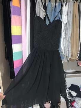 Vestido negro corto quinceañero