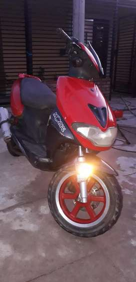 Scooter mondial 2t