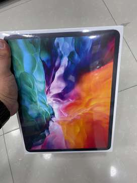 "Ipad pro 12.9"" new 2020 de 256gb wifi + celular"