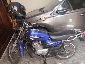 Hermosa Moto Yamaha YB-125 nuevecita
