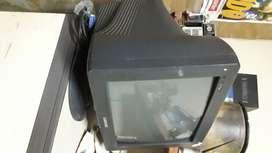 "Monitor 17"" trc Samsung"