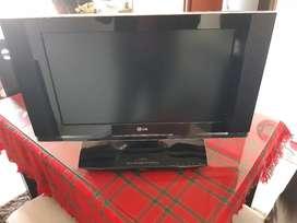 Vendo Cambio Televisor con DVD 26 Pulgadas