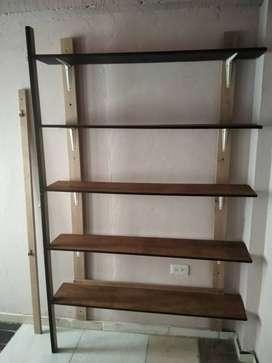 Se vende closet fijo madera