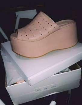 Nuevo.sandalia hermosa