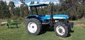 SE VENDE TRACTOR NEW HOLLAND