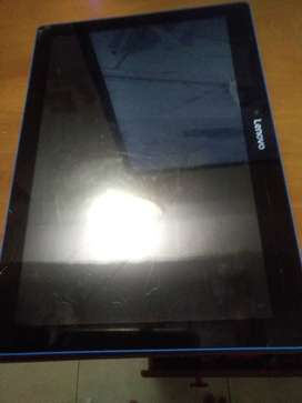 Vendo tablet lenovo T3 10 en buenas condiciones  con un rayón pequeño