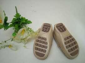 Zapatos nuevos para niña talla 21-22