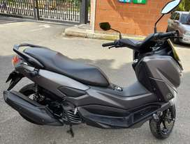 Se vende moto buen estado