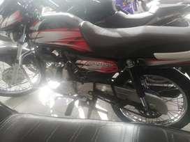 Moto en buen estado 2012