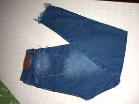 Vendo jean nuevo talle 46 chico muy lindo
