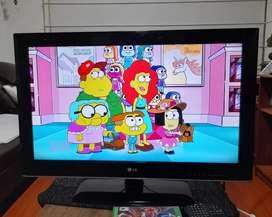 """Vendo Tv LG 32"""" HD Ready / Control Remoto"""