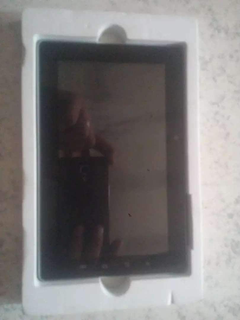 """Tablet Ken Brown 7"""" como nueva 0"""