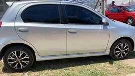 Toyota etios Platinum Automatico