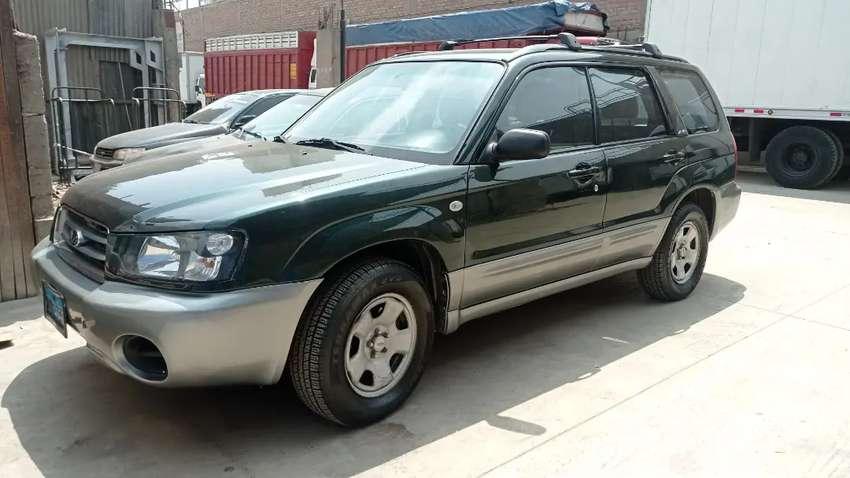 Camioneta Subaru furester 4x4