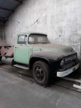 Camion ford 600 0km