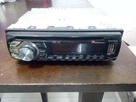 Vendo radio y elementos