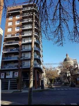 Departamento de 1 dormitorio en venta, zona plaza Lopez Rosario. buscando idealmente permuta por 2 dormitorios.