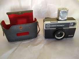 camara de foto Kodak instamatic 54x con estuche