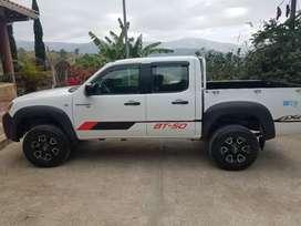 Se vende camioneta Mazda BT 50 4x4 año 2013