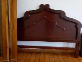 Vendo una cama buen estado madera cedro