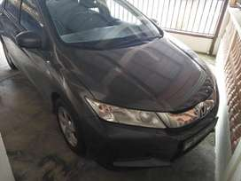 Se vende honda city 2014