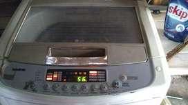 Lavarropa automático LG de 13kilos
