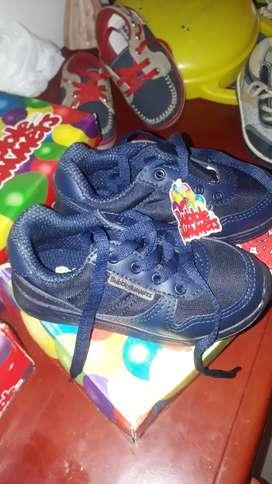 vendo zapatos de bebé nuevos y usados
