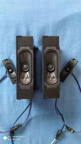 Vendo Parlantes Botón Tv IBG IBG437N