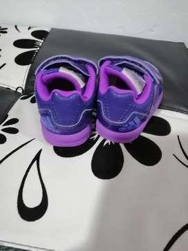 Se vende zapatos originales