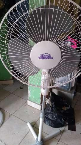 Ventilador Home elements Piso.