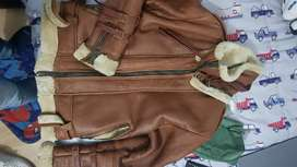 Vendo o cambio Chaqueta sherpa de cuero original